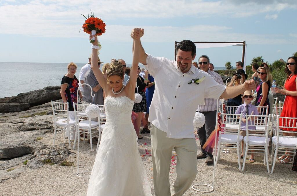 Destination Wedding Tips   How to Plan the Perfect Ceremony Abroad