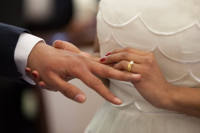 Got Engaged during the Holidays? What You Need to Do Next