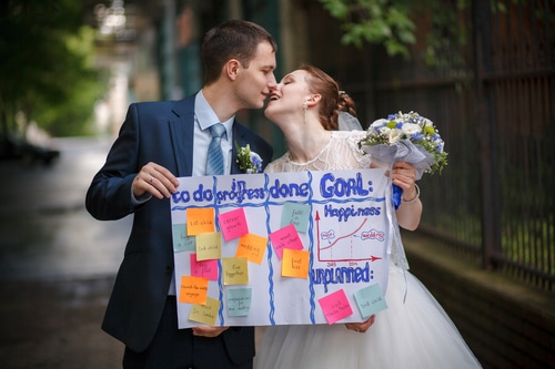 Keep Wedding Planning Stress-Free by Hiring a Certified Wedding Planner